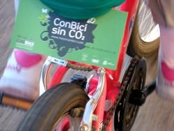 Pedalea 3. Exposición Bici 2007. Título: Con Bici sin CO2 Guardabarros.org