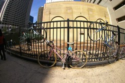 Pedalea 3. Exposición Bici 2007. Título: State Clark. Guardabarros.org